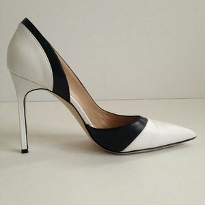 Manolo Blahnik White-black Pumps